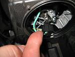 Нажмите на изображение для увеличения.  Название:Kia-Optima-Headlight-Bulbs-Replacement-Guide-018.JPG Просмотров:892 Размер:72.6 Кб ID:27655