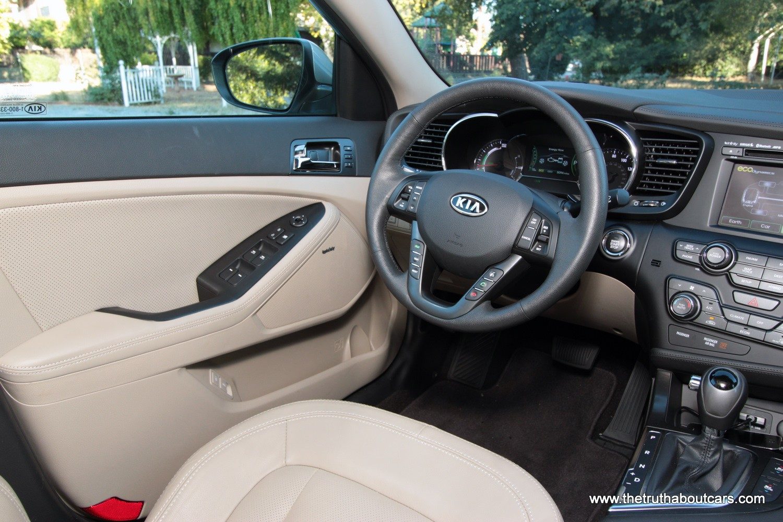 KIA Optima кресло водителя
