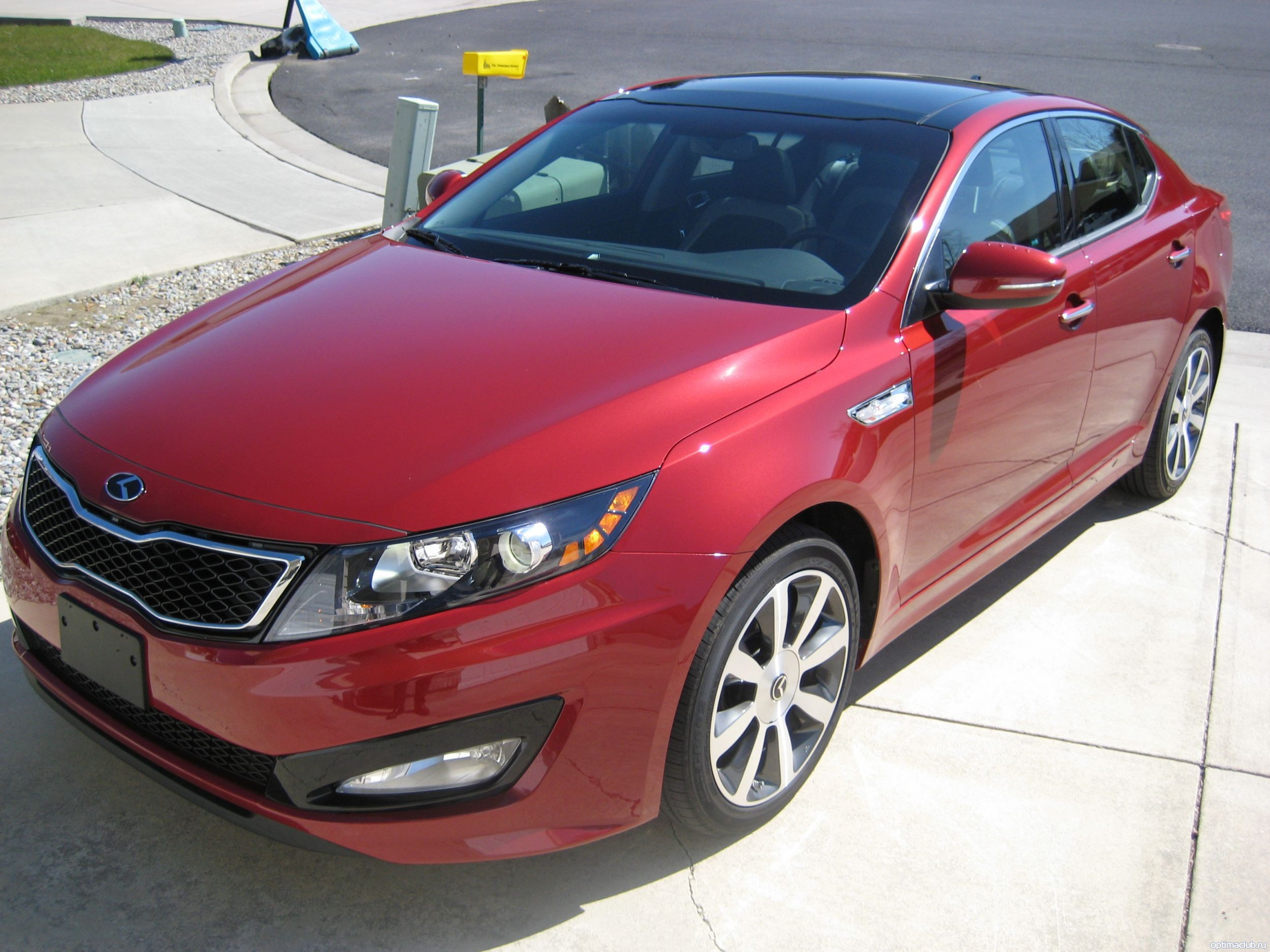 kia optima Spicy Red